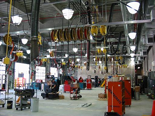 Rails outils et dévidoirs atelier